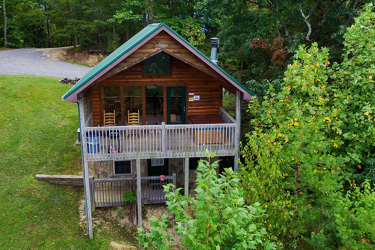 Smoky Mountain Cabin Rentals - Wears Valley, Tennessee